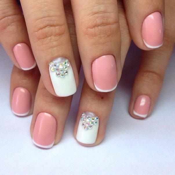 Ногти под розовое платье