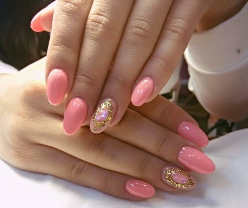 Красивый маникюр на овальные ногти