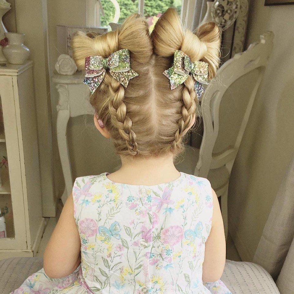 Повседневная прическа для маленькой девочки