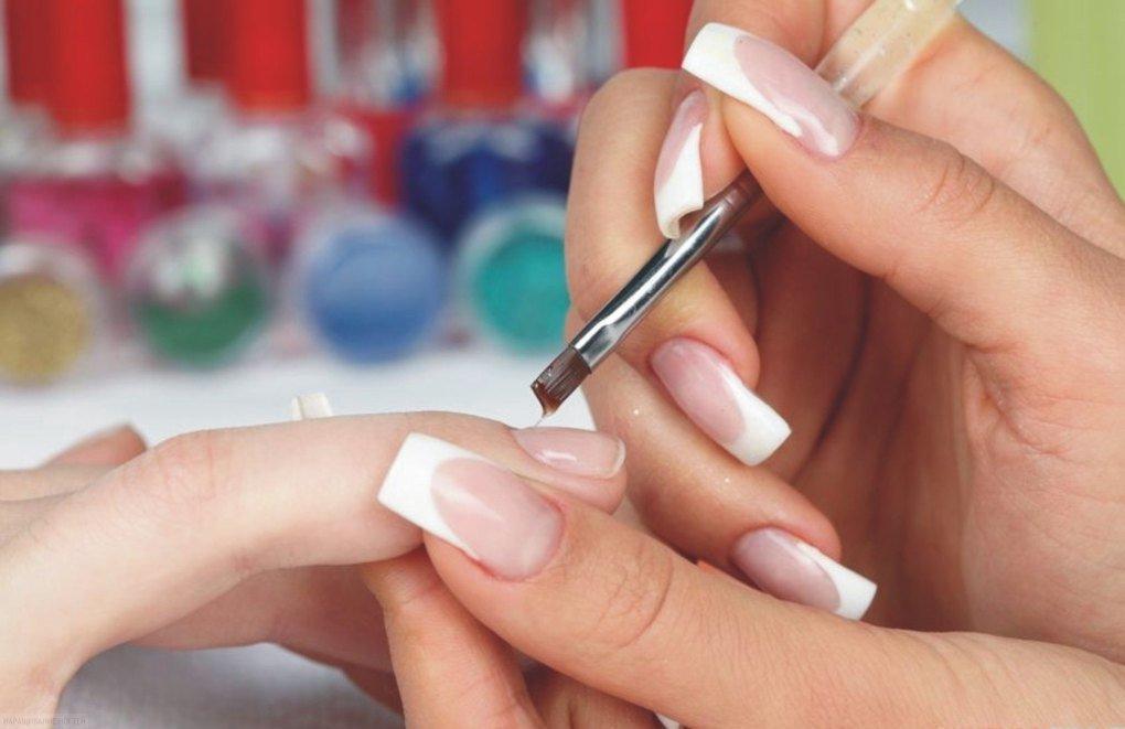 Наращивания ногтей в домашних условиях