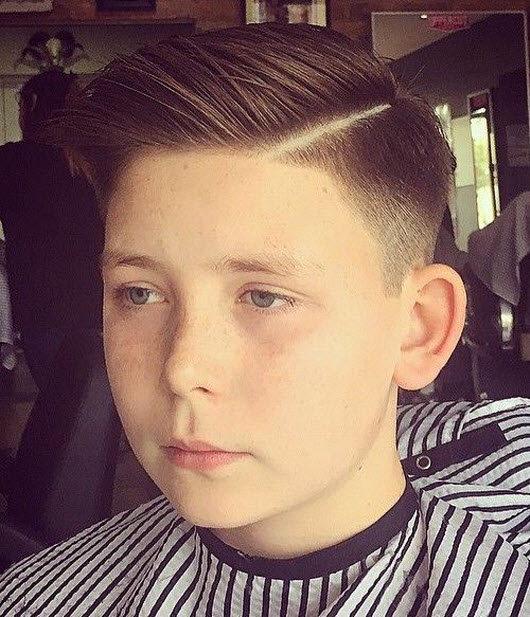 Самая популярная причёска этого лета для мальчиков