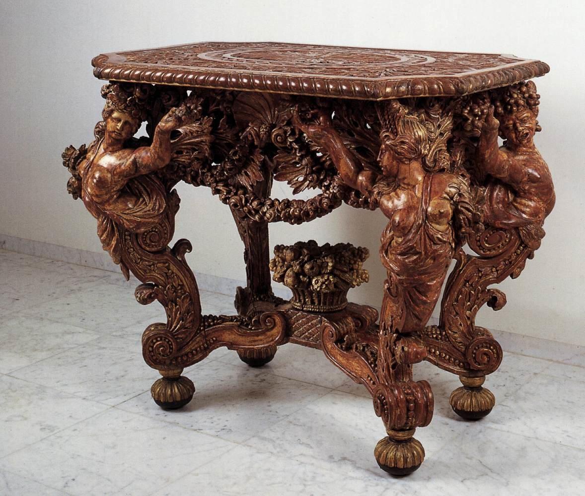 Эксклюзивный стол своими руками
