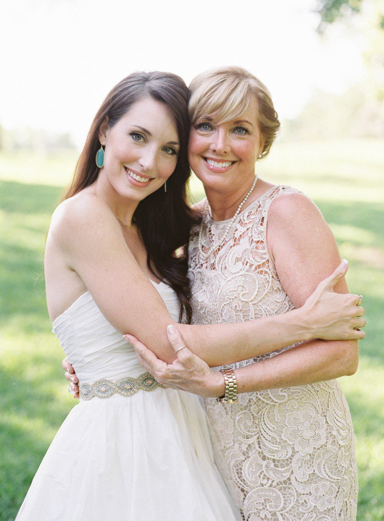 Образ мамы на свадьбе дочери