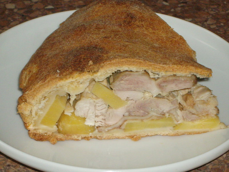 Рецепт курника с курицей и картошкой из дрожжевого теста рецепт пошагово
