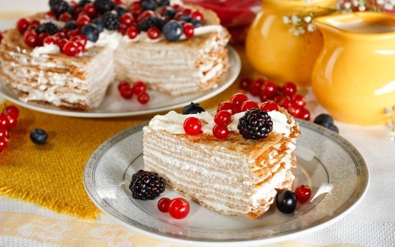 Блинный торт со сметанным кремом рецепты