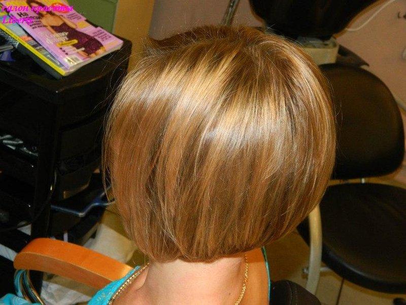 Стрижка и мелирование на средние темные волосы