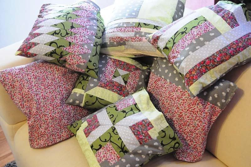 Рукоделие своими руками для дома поделки из тканей подушки 22