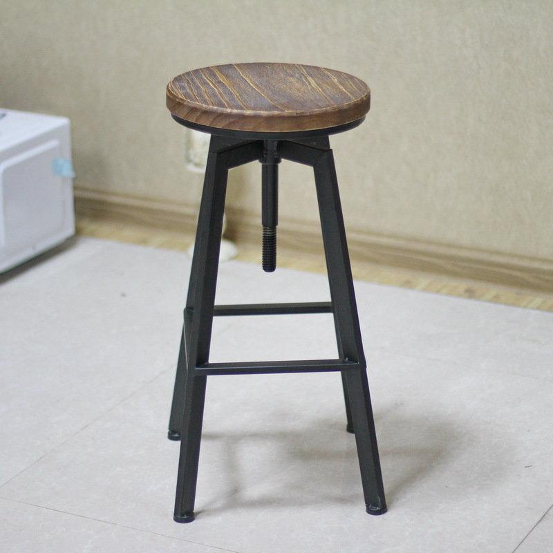 Как сделать крутящейся стул