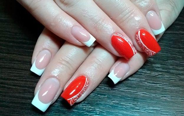 Дизайн белый френч с красным