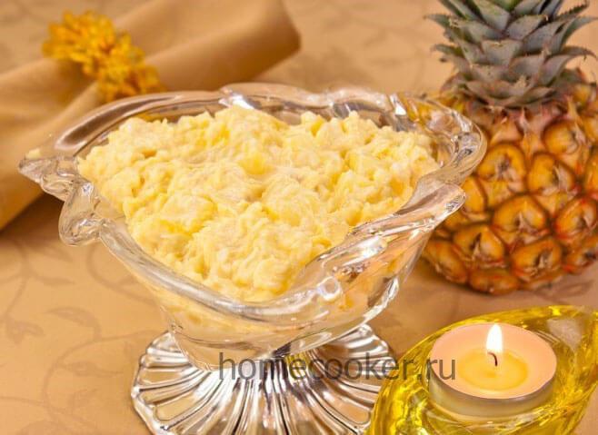 Салат из курицы с сыром и чесноком