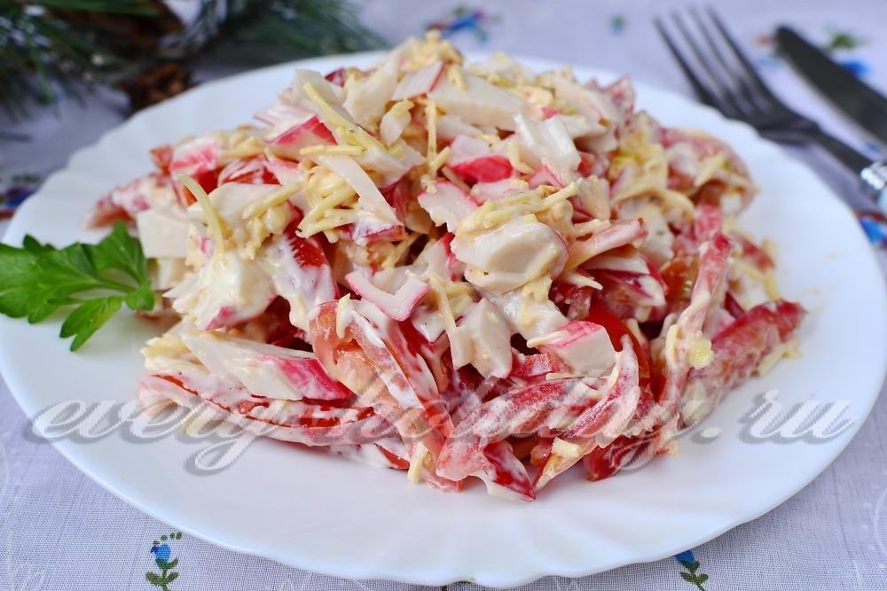 Салат красное море с крабовыми палочками