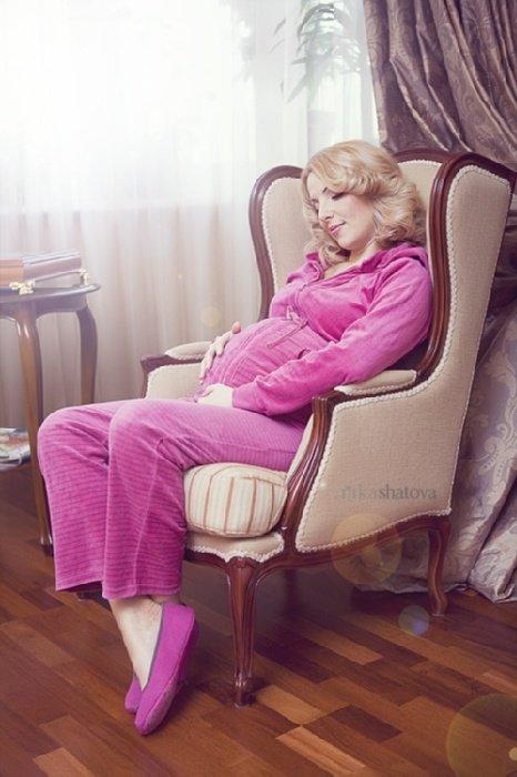 Беременные на кресле фото 77