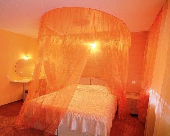 Фото балдахинов над кроватью своими руками 985