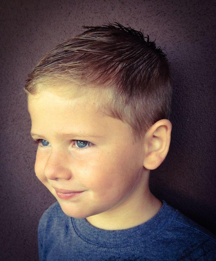 Модные причёски для мальчиков пять лет