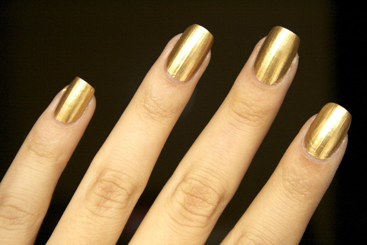 Золотой маникюр: 172 фото-новинки с золотом 2018 - Nail Trend
