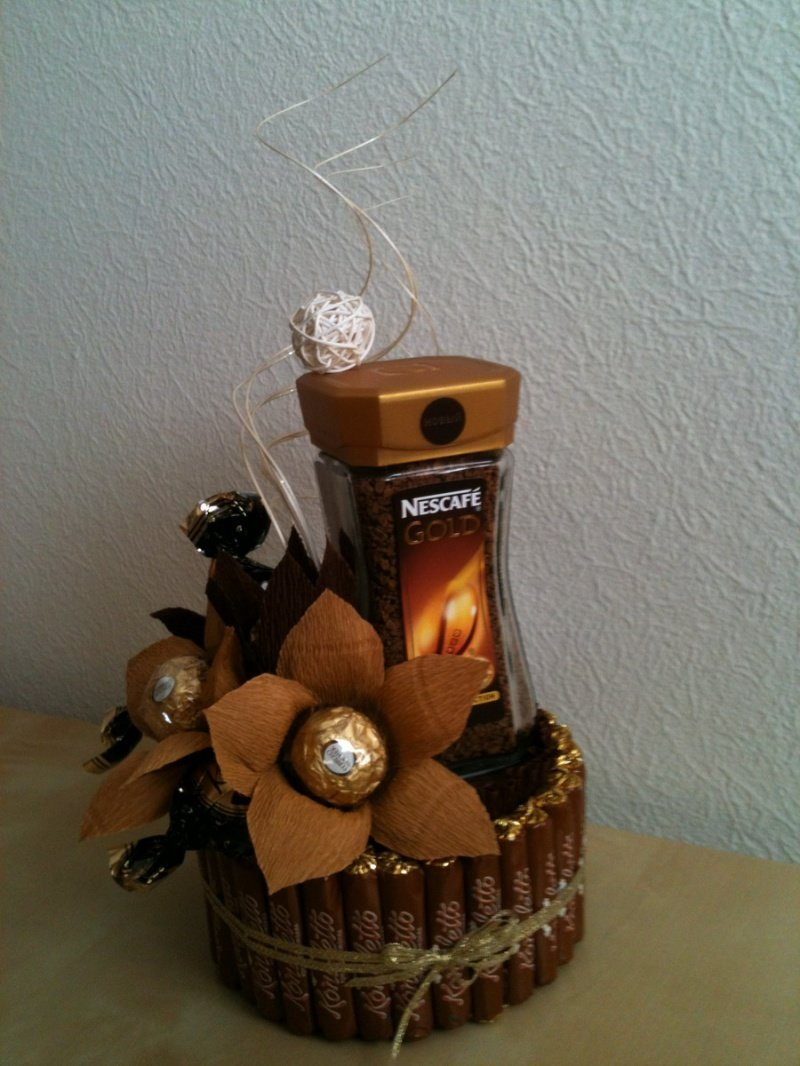 Букет из конфет в кружке Новогодняя композиция. Мастер 88