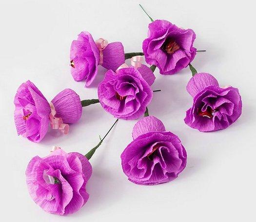Изготовление цветов из конфет бумаги своими руками