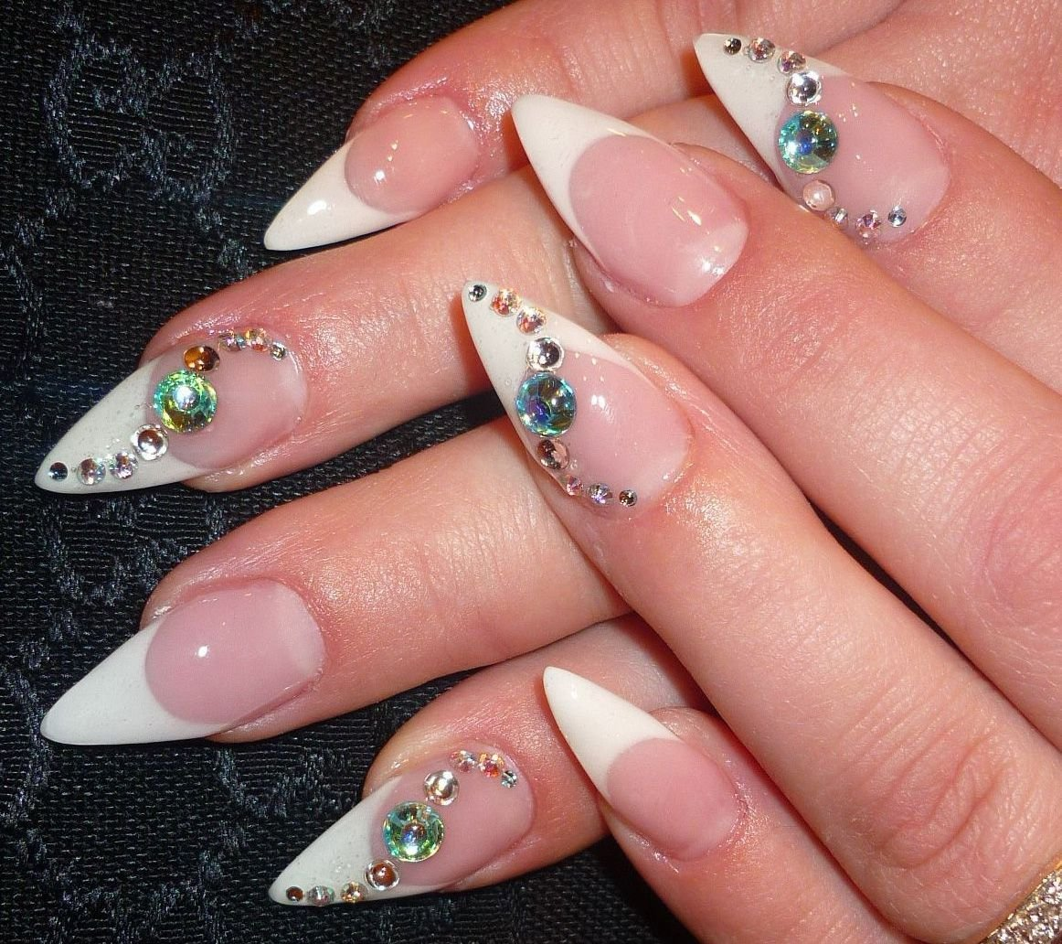 Дизайн ногтей с френчем острые ногти фото