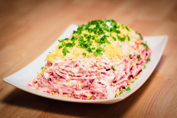 Салат шуба с яйцом
