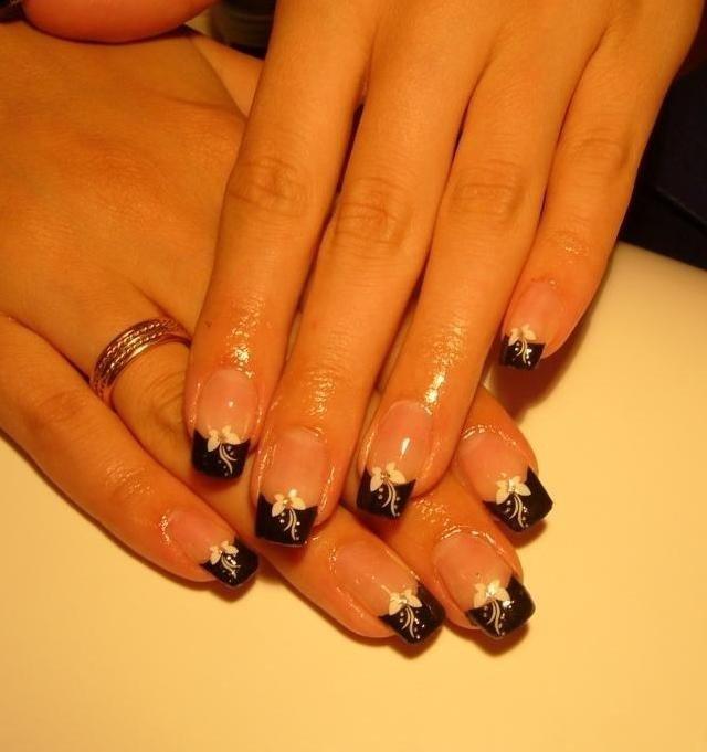 Нарощенные ногти дизайн френч черный