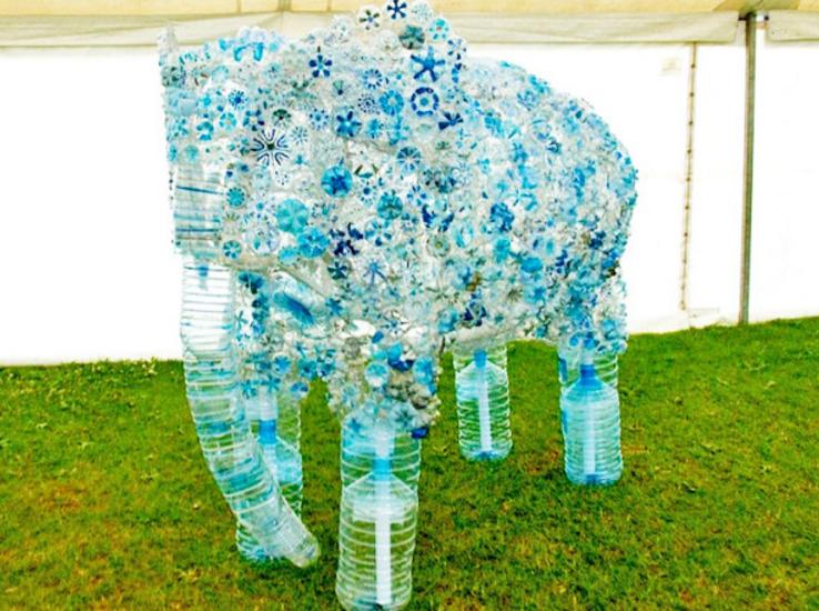 Поделки из пластиковых бутылок к году экологии 81