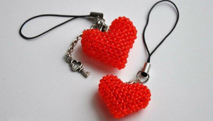 Как сделать из бисеров сердечек 191