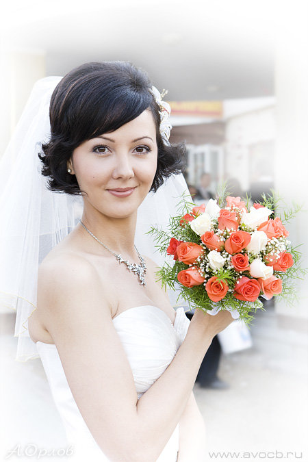 Причёска на короткие волосы фото с челкой на свадьбу
