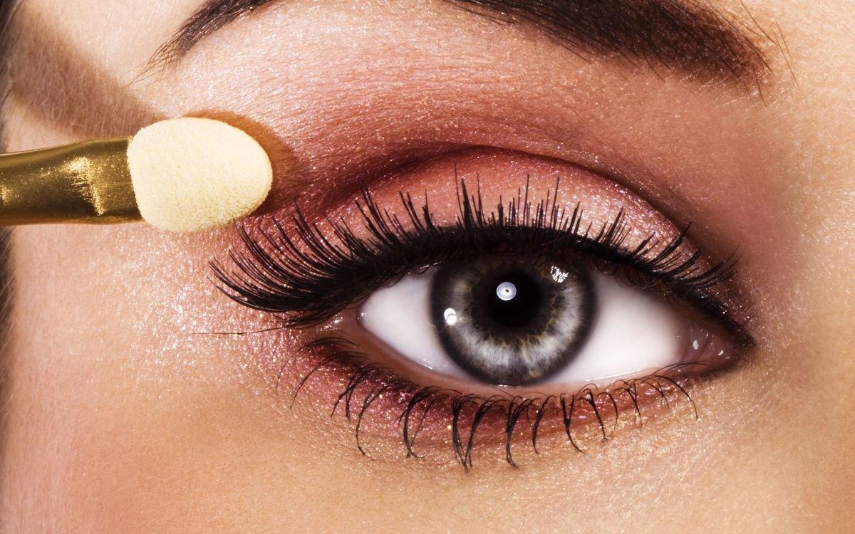 Тени и макияж глаз фото