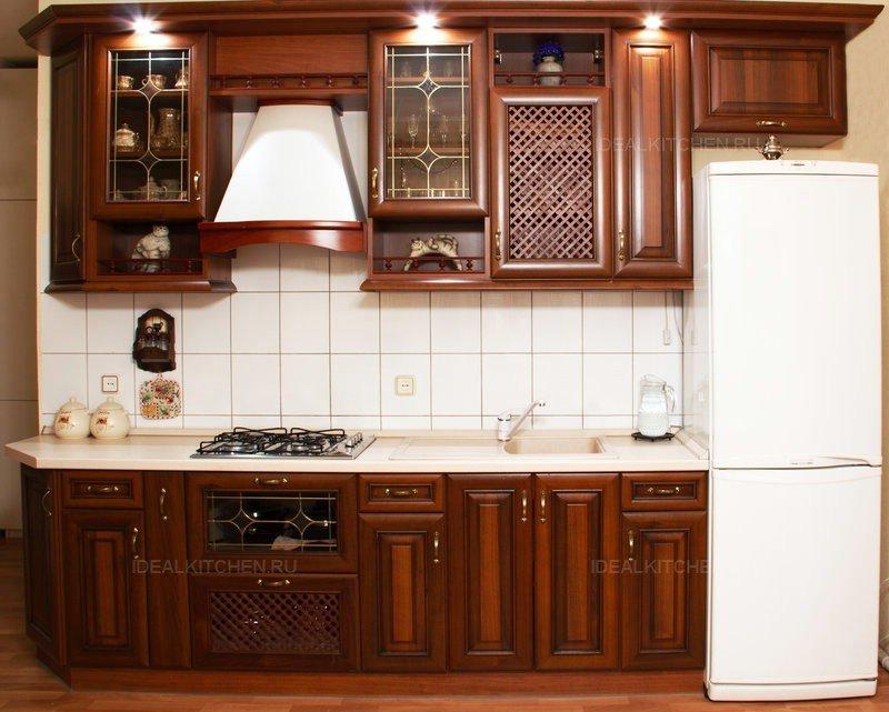 Коричневый кухонный гарнитур в интерьере фото