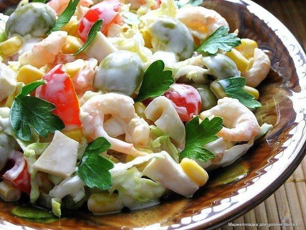 Праздничный салат с кальмарами рецепт пошагово