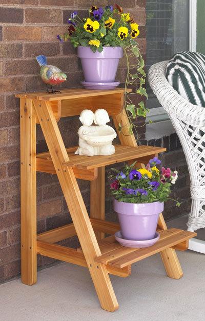 Садовые этажерки для цветов своими руками