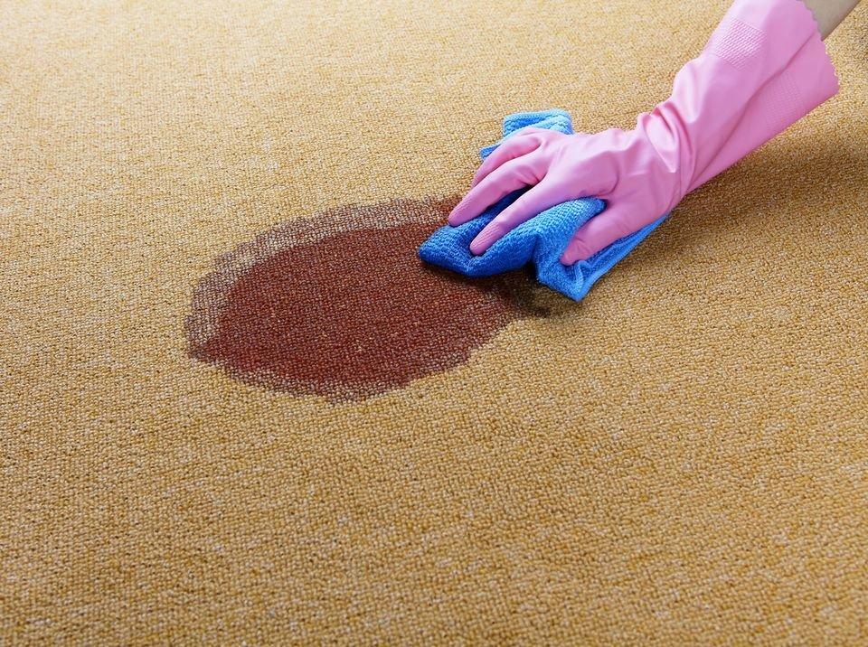 Как очистить сильно загрязненный ковер в домашних условиях