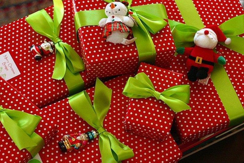 Упаковка подарков своими руками для ребенка