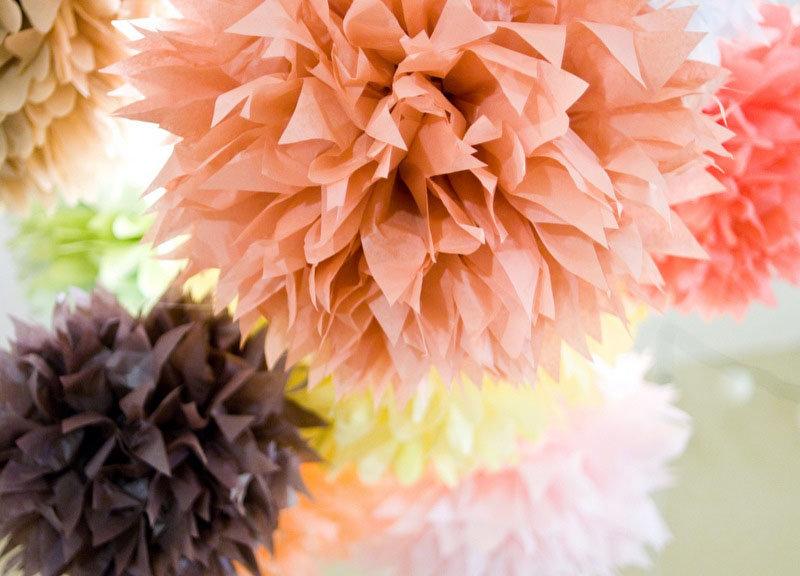Бумажные пышные цветы своими руками 23