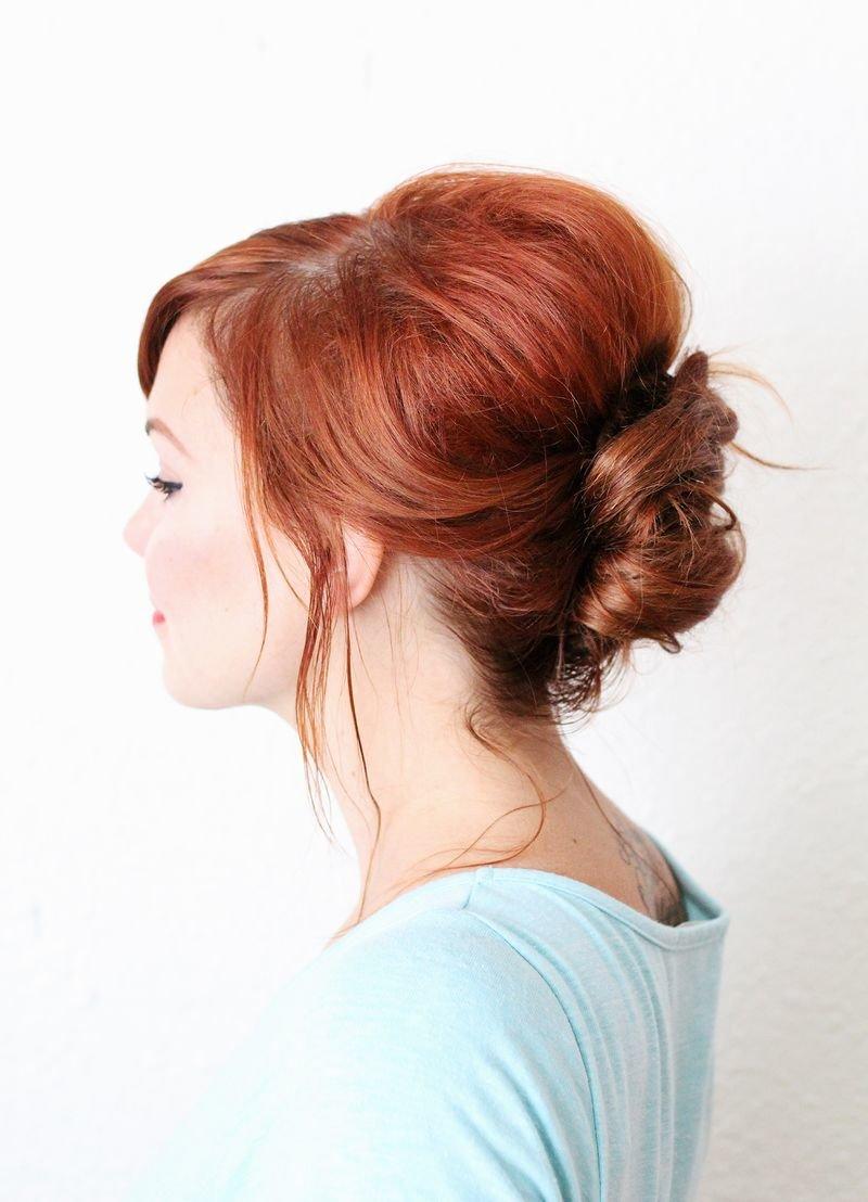 Причёски для девушек на каждый день на средние волосы фото