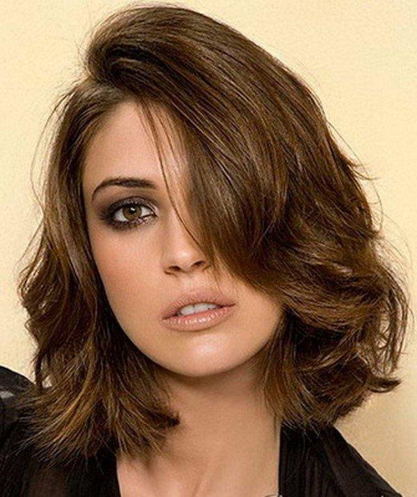 Стрижка для тонких непослушных волос средней длины