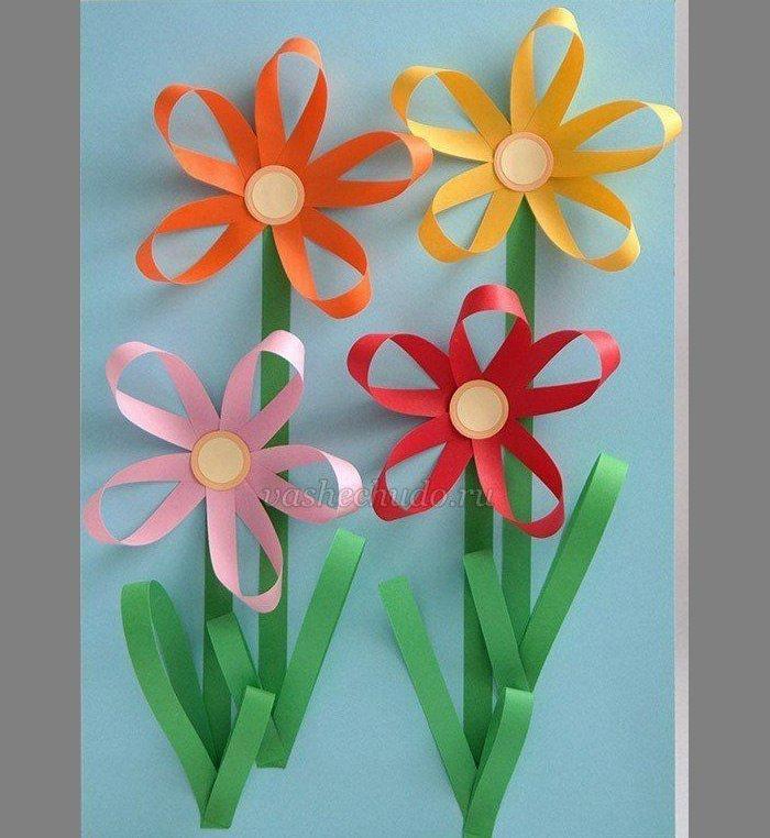 Открытка из цветной бумаги с цветами 93