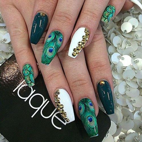 Красивый дизайн ногтей на длинные ногти