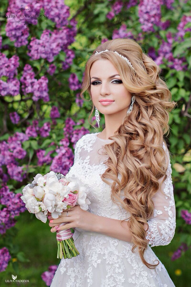 Фото свадебных причесок с волосами на бок