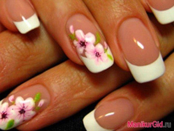 Ногти нежные цвета френч