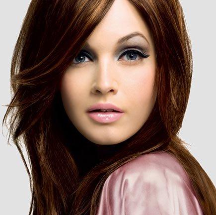 В какой цвет покрасить волосы с круглым лицом