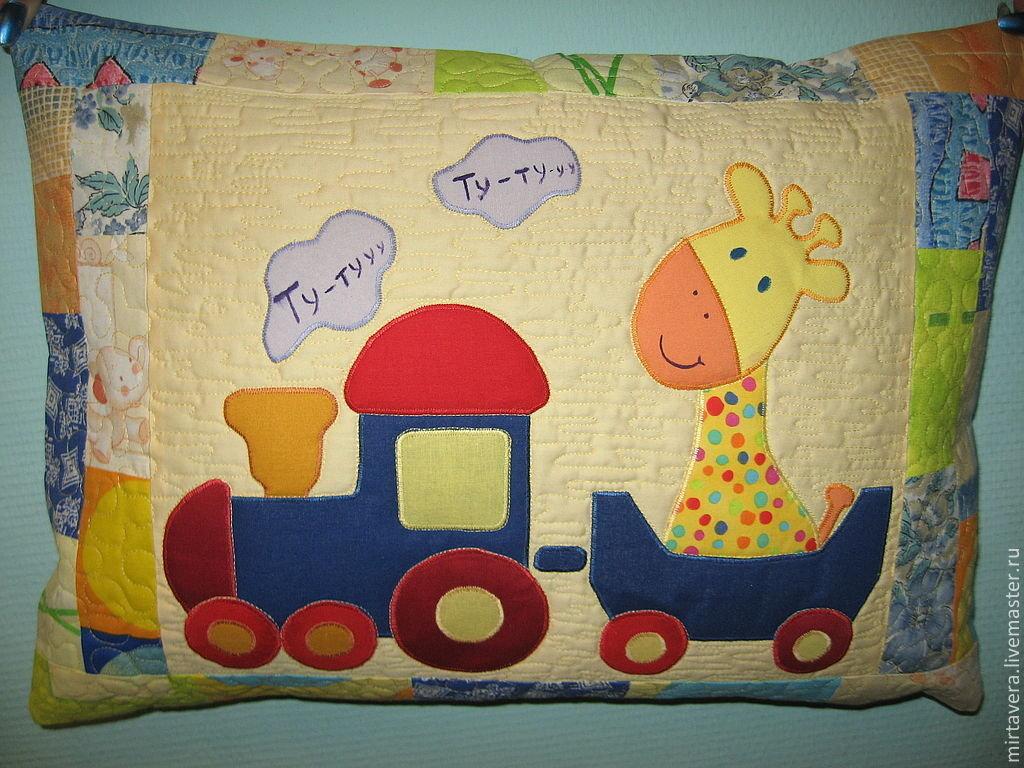 Как сшить детскую подушку с аппликацией 73