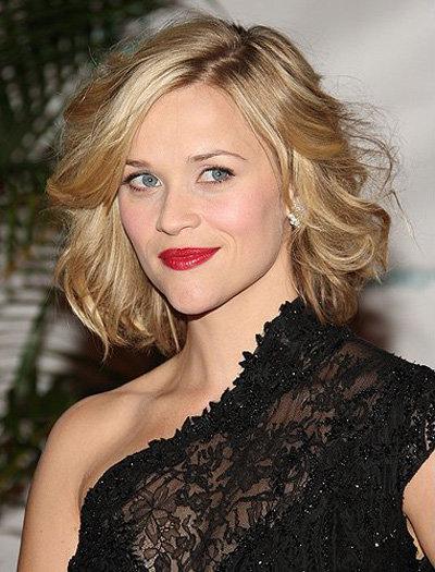 блондинка короткие накрученные волосы фото