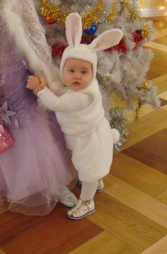 Новогодний костюм зайчика для мальчика своими руками