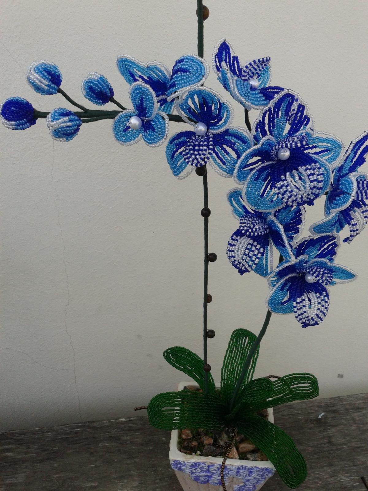 Орхидея голубая из бисера мастер класс с пошаговым
