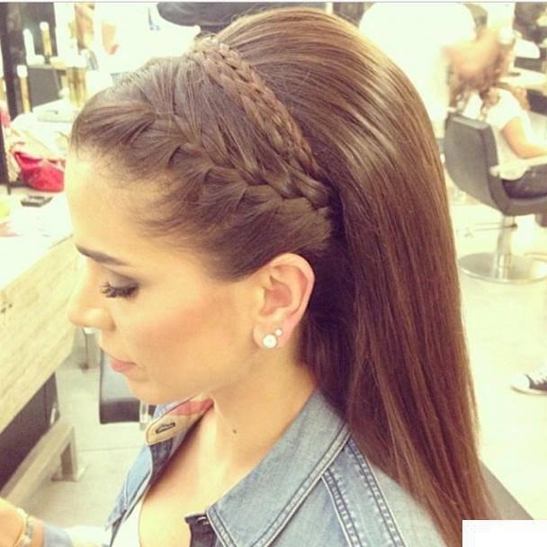 Причёски с косами и чёлкой