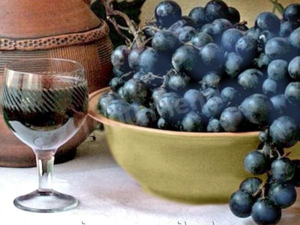 Как сделать вино из тёмного винограда
