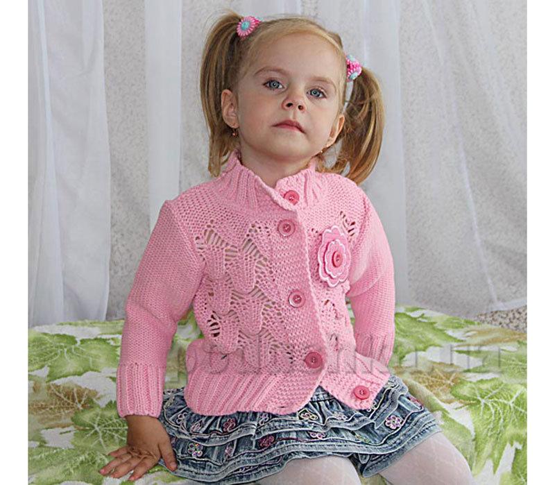 Красивая кофта вязанная спицами для девочки