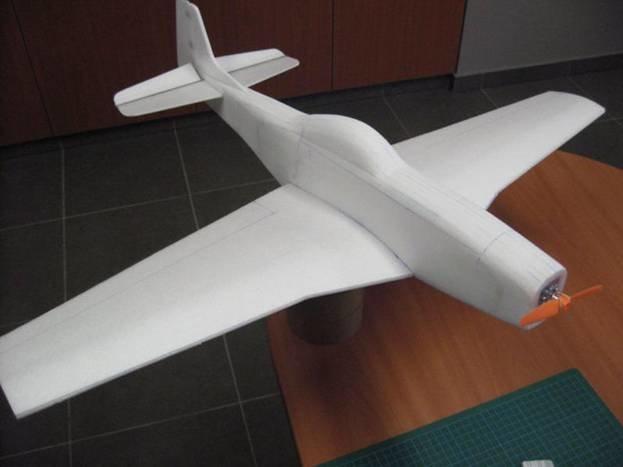 Самолёт из потолочной плитки своими руками