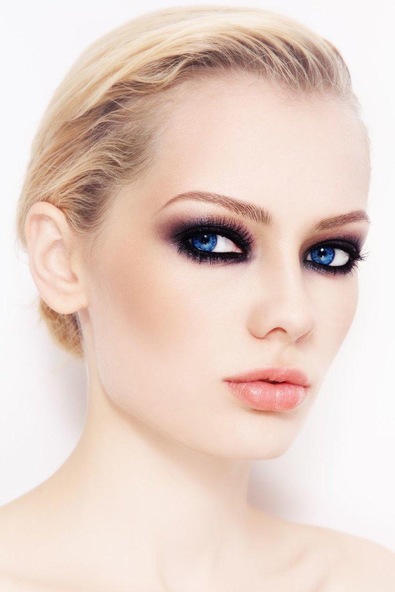 Какой макияж подходит голубоглазым